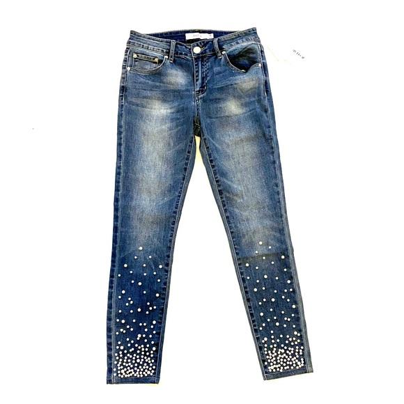 JustFab Denim - NWT Justfab Cropped Ankle Denim Pearl Jeans sz 4